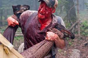 Tucker (Alan Tudyk) en de woodgrinder